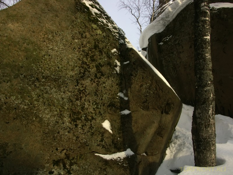 В природном заповеднике Столбы. Красноярск, апрель 2010.: В природном заповеднике Столбы. Красноярск, апрель 2010. (фотография №47)
