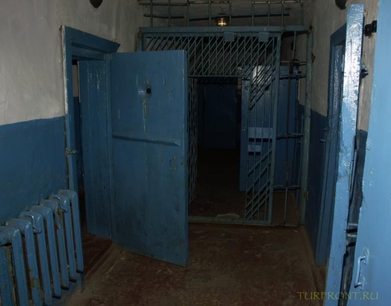 Зона-музей Пермь-36: Тюремный корридор ШИЗО. (фотография №22)