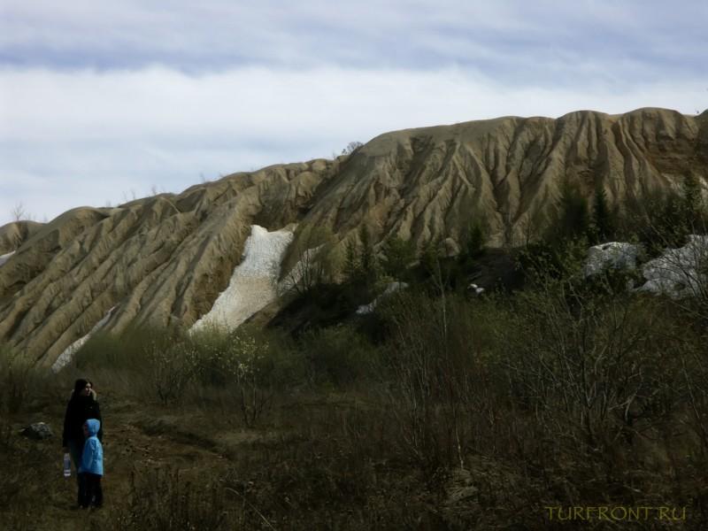 Каменный карьер города Чусовой: Песчаные насыпи. (фотография №6)