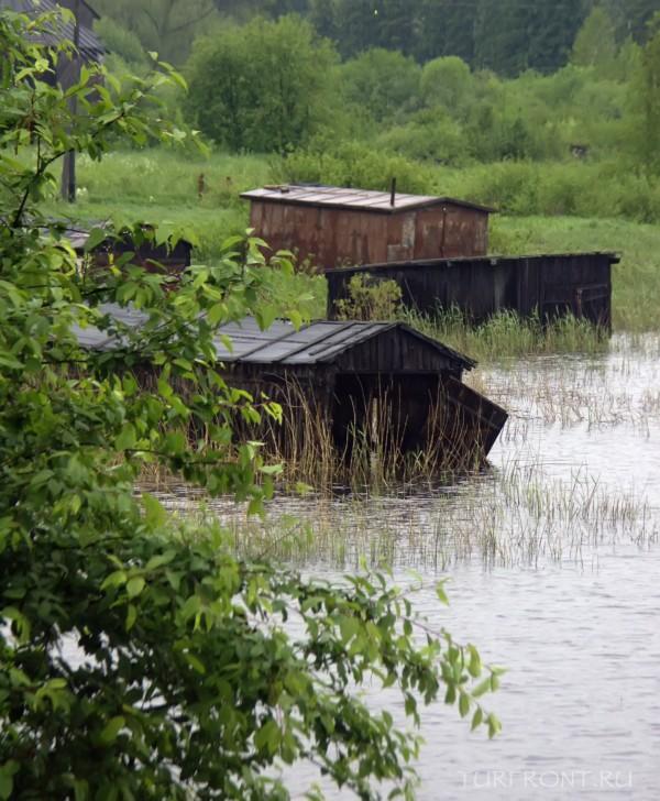 Ночевка в дождливой Сортавале: Затопленные берега Ладожского озера. (фотография №5)