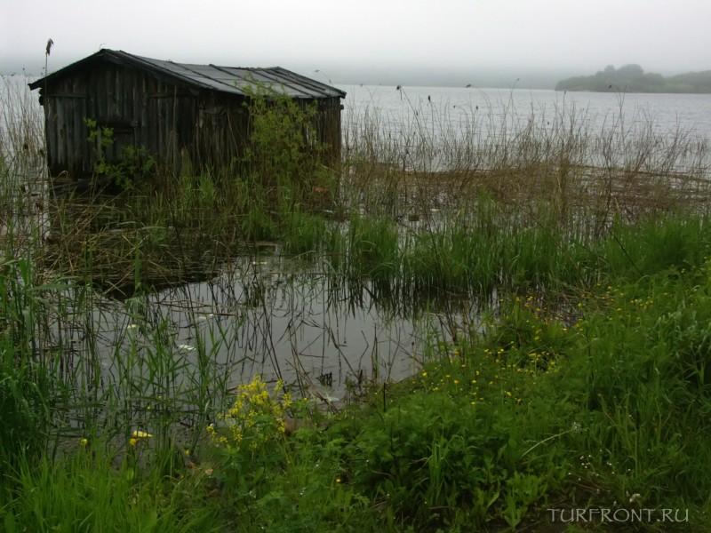 Ночевка в дождливой Сортавале: С палаткой в Сортавале на утесе берега Ладожского озера (фотография №16)